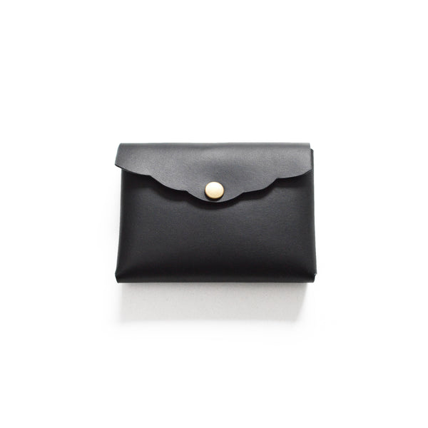 Leather Scalloped Cardholder - Smooth Black with button snap