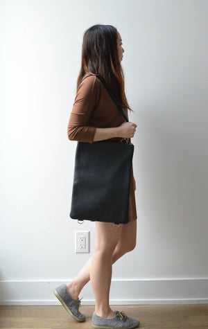"Black - 15"" Vertical Convertible Tote"