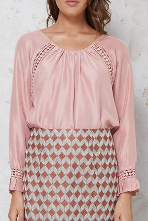 raglan sleeve silk top