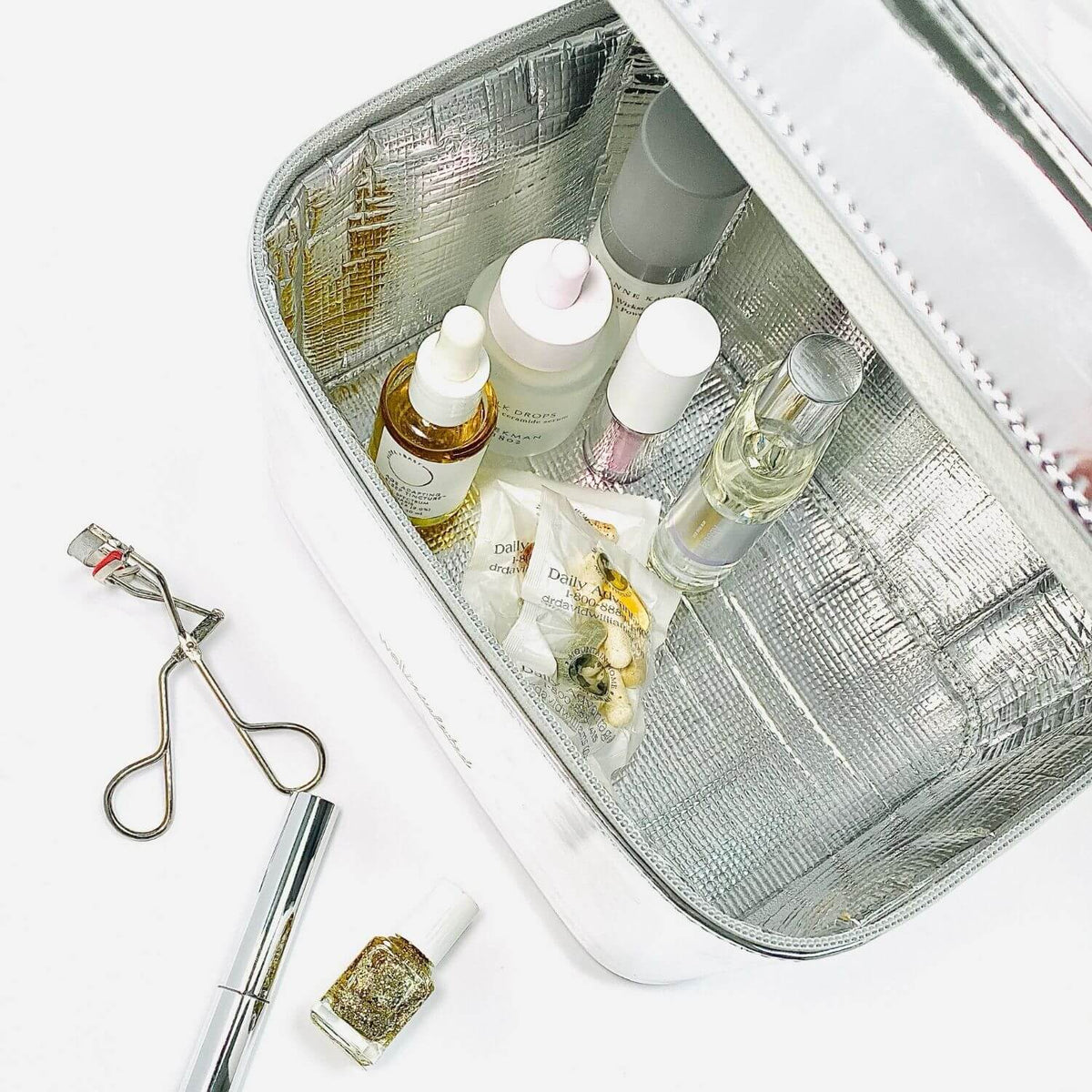 Luxury Thermal Case for Skincare, Vitamins & Supplements WELLinsulated