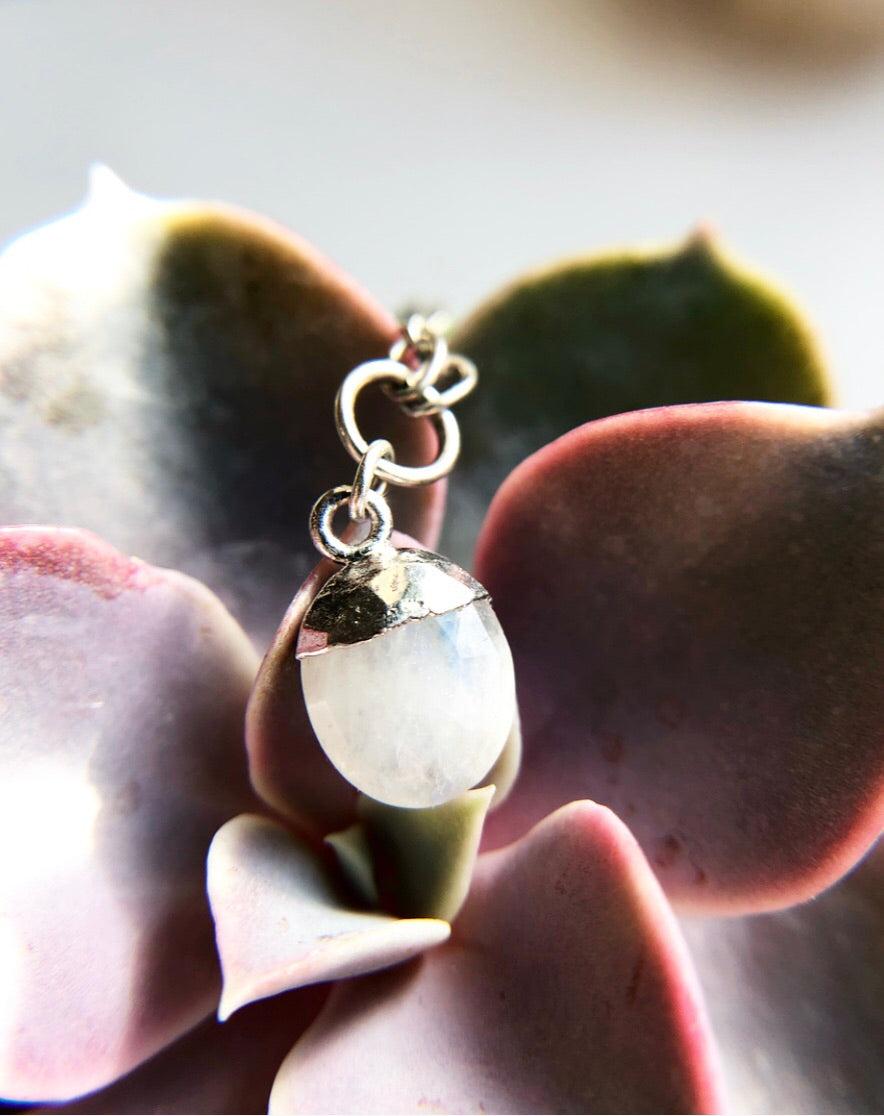 Rainbow Moonstone Dew Drop in Silver Crystal Necklaces