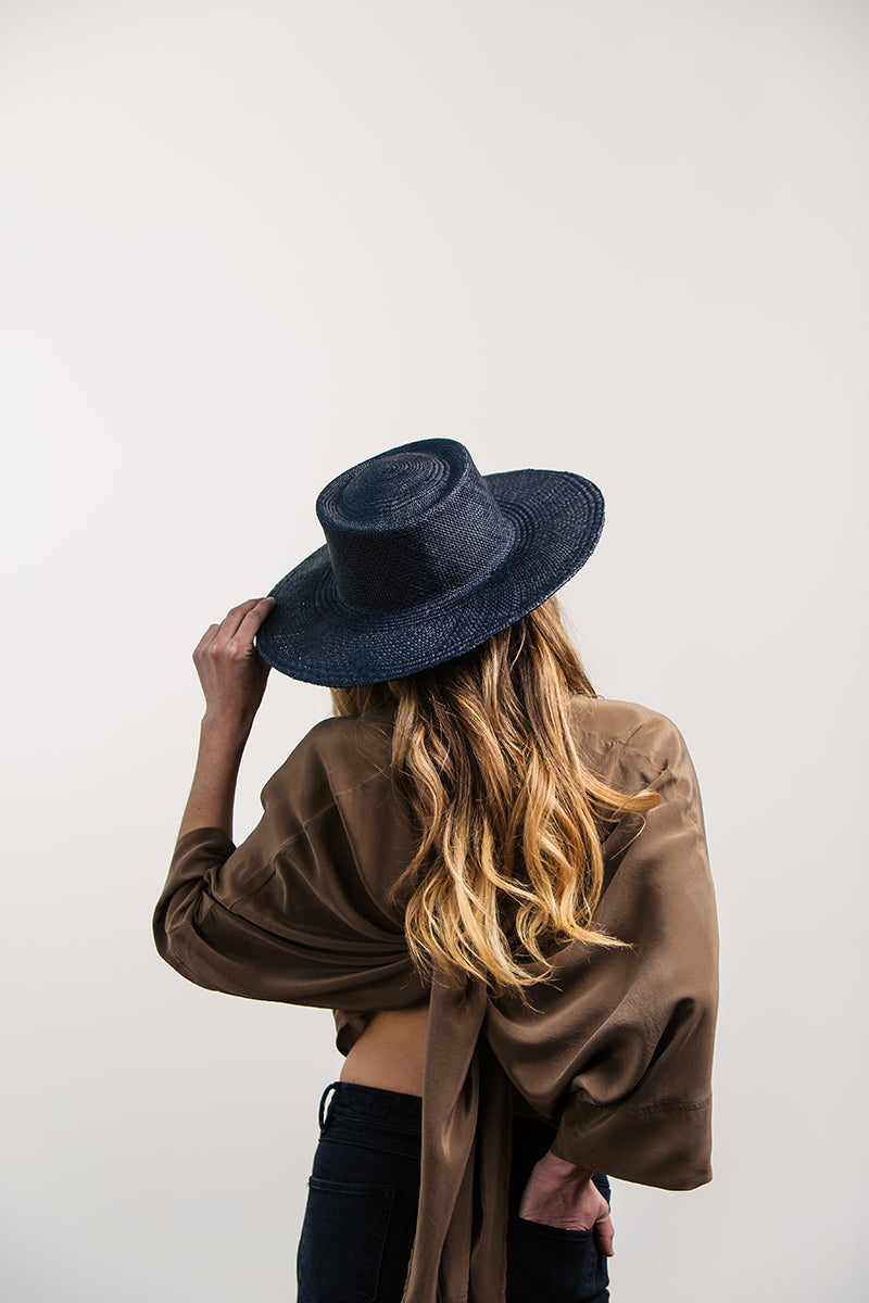 The Painter hat in black by Fanny & June
