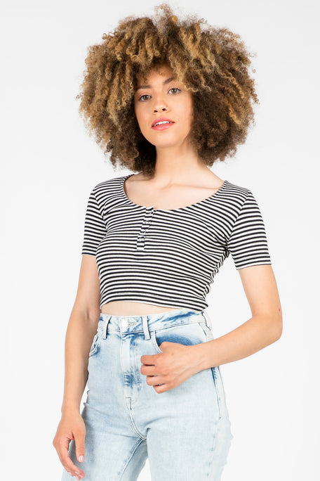 WALDO STRIPED HENLEY CROP TOP