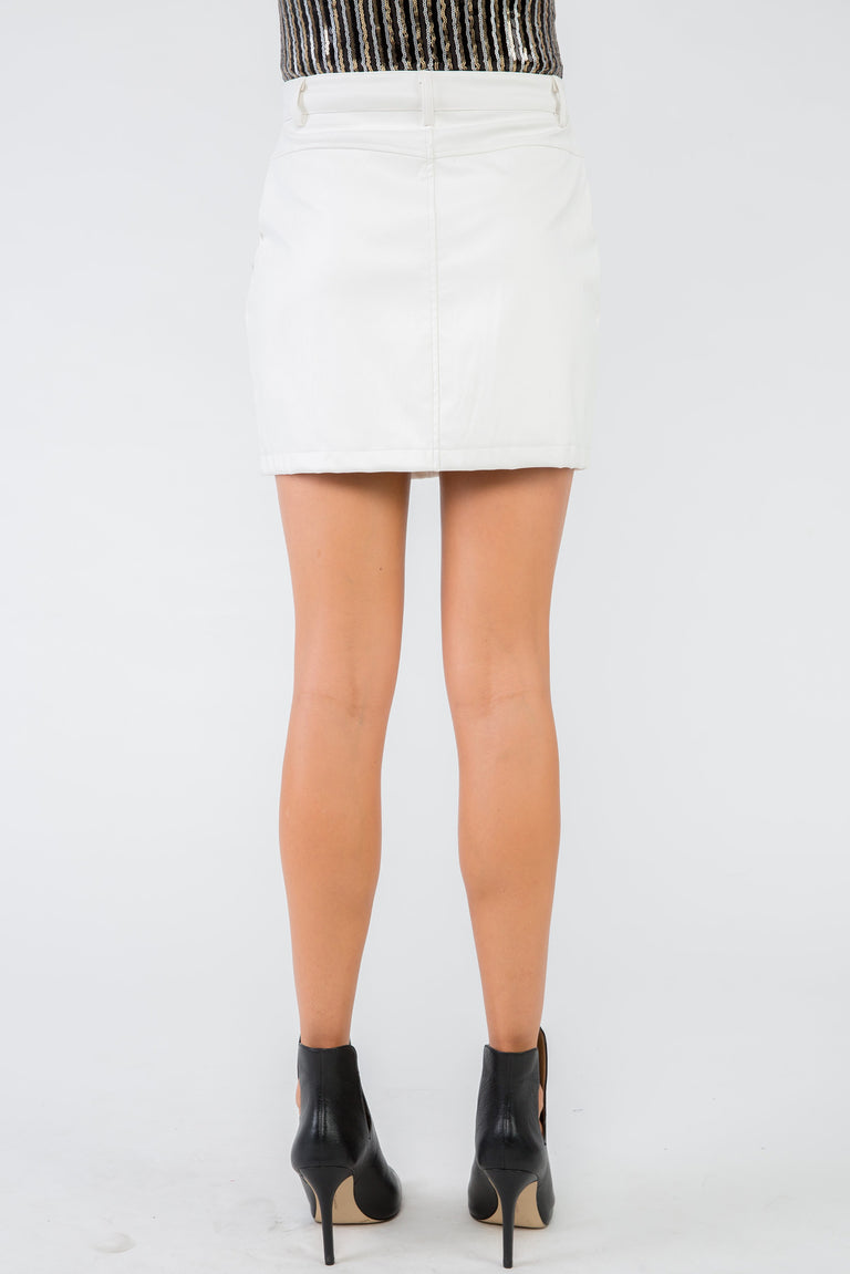 DIP IT LOW PLEATHER SKIRT