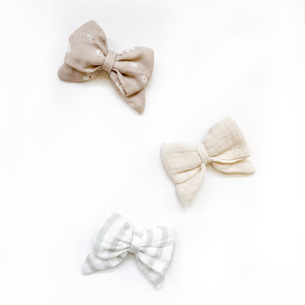 Trio of bows on nylon headband-Candy / Spruce / Harmony