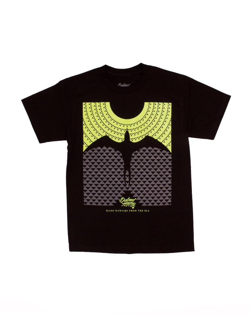 T&C Surf Designs Defend Raised Hawaiki Tee, S / Black Neon