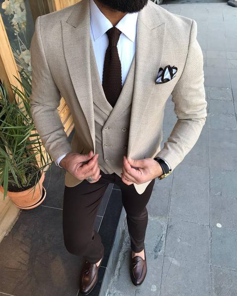 Brown Tie and Dual Colour Pocket Square