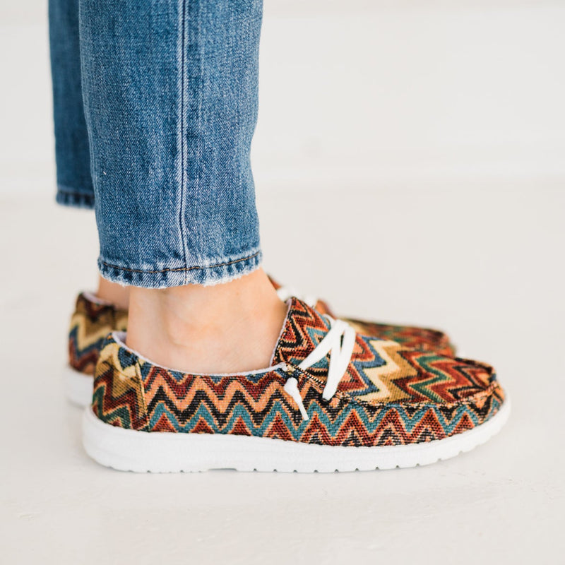 Very G Chaska Sneaker in Dark Multi