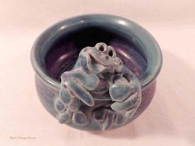 frog ceramics, Australia frog pottery, rustic bowl, vintage 1980s decor, home accents