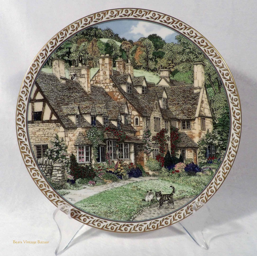 Royal Worcester Porcelain Collectors Plates, Sue Sallard Villages Series, Broadway Village Cotswolds, collectible fine bone china plates, English country villages design, vintage collectibles