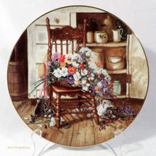 Collectors Vintage Plate, Country Cuttings - Flowers from Grandma's Garden, Artist Glenna Kurz, First Issue collectible plates, country farmhouse kitchen, flowers and cats design, 1990 collectible fine china plates