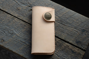 Brightsmith veg tan leather long wallet in natural closed