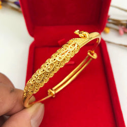 Luk Fook Gold Shop, Peacock Hand Carved Bracelet (Anniversary) Mother's Day Promotion