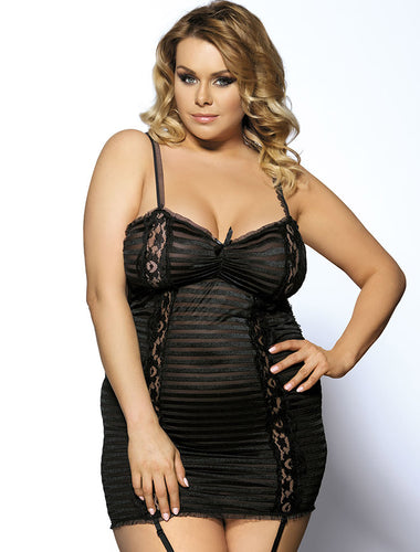Plus Size Black Lace Lingerie Halter Slips With Thong