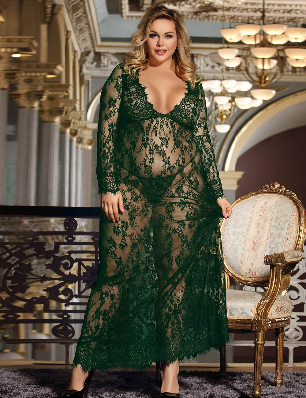 Plus Size Green Delicate Lace Long Sleepwear Gown