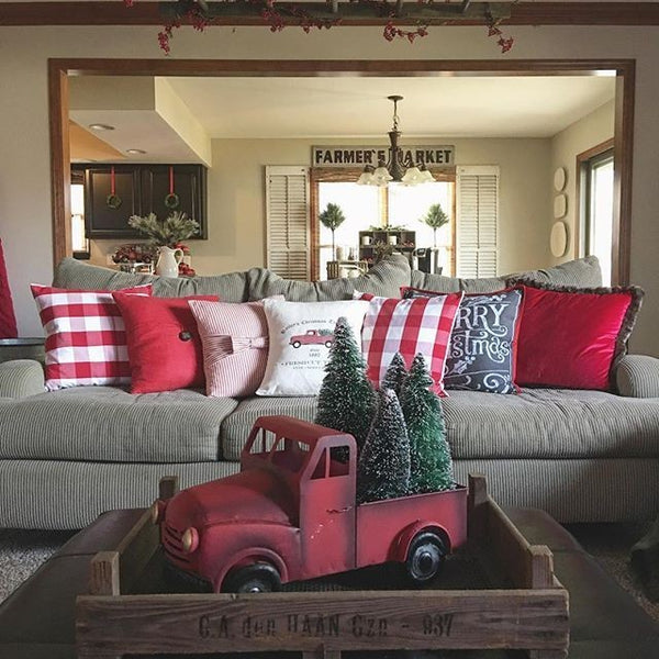 Easy Holiday Decorating & Storage Tips