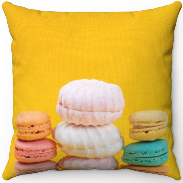 Assorted Macaroons 16