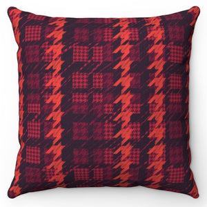 "Red Houndstooth Patterned 18"" x 18"" Throw Pillow"