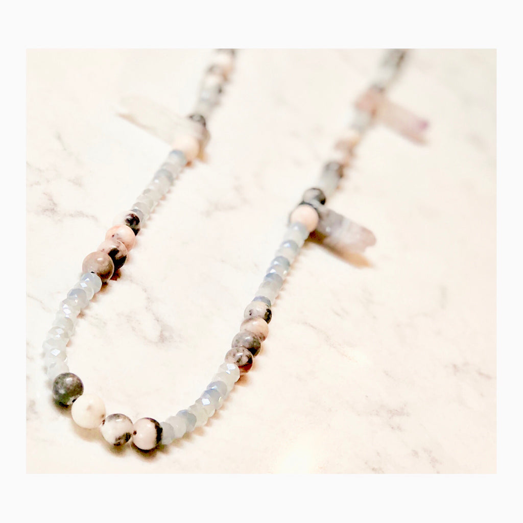 Exclusive Quartz Eyeglass Necklace - Coccinellahaute