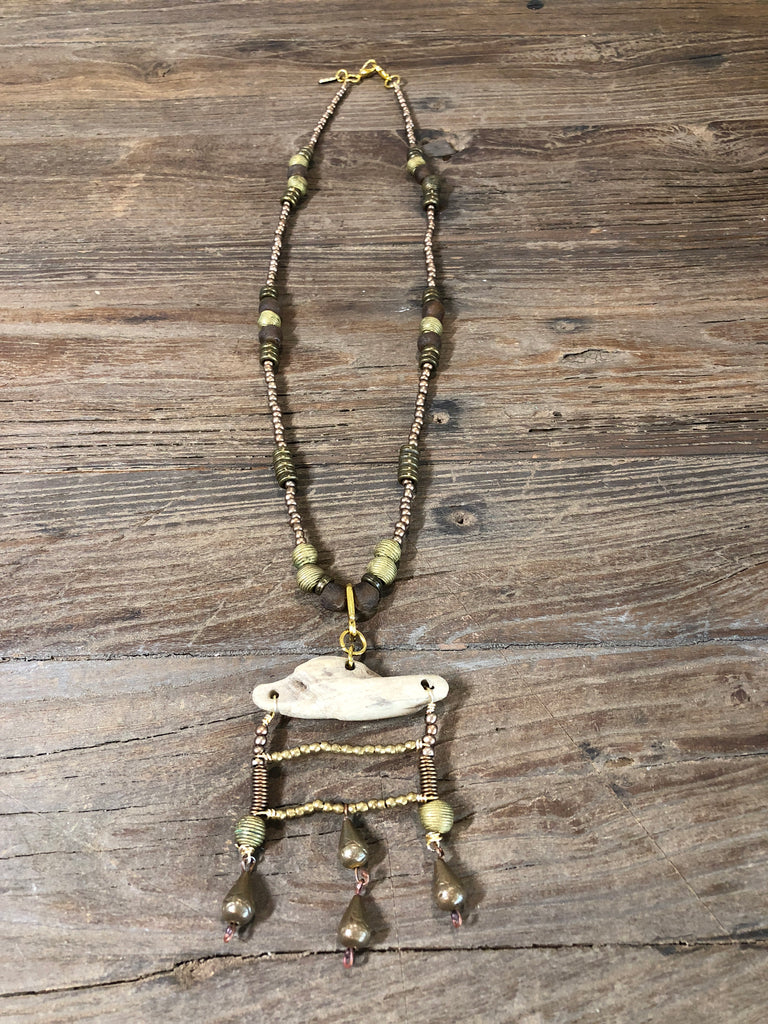Lhasa Eyeglass Necklace