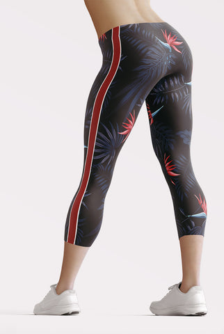 Image of Exotic Capri Leggings