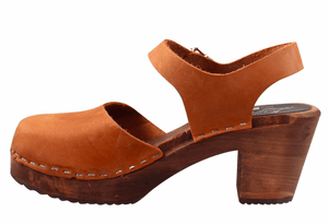 Lotta Mary Jane 561 dark high wood ankle strap Swedish clog in brown oiled nubuck