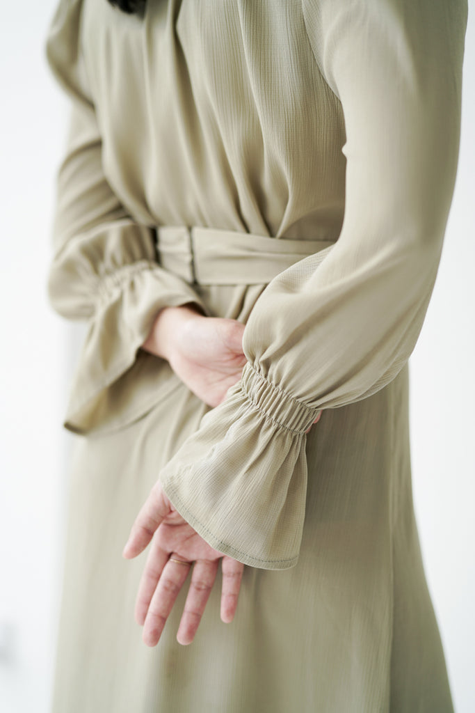 Petra Classic Dress in Pastel Olive
