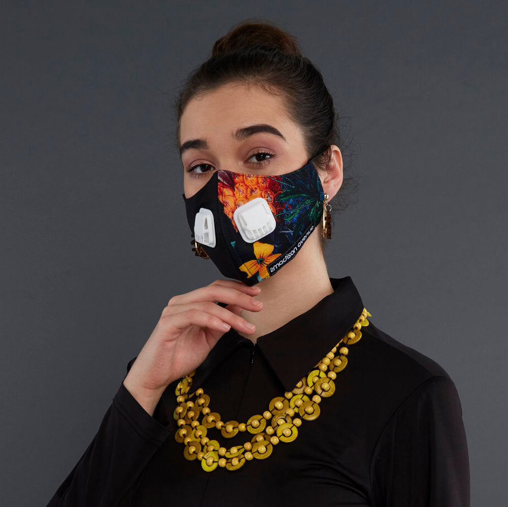 Miami Black - Facemask With Air Valve