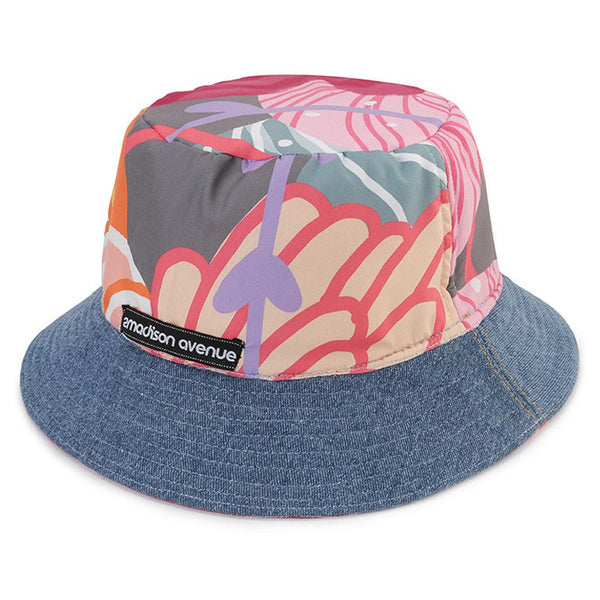 Bucket Hat With Recharging Pink