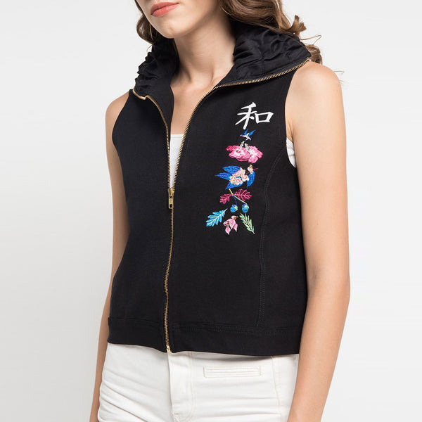 Black Vest with Flower From The East Embroidery-2MADISONAVENUE.COM