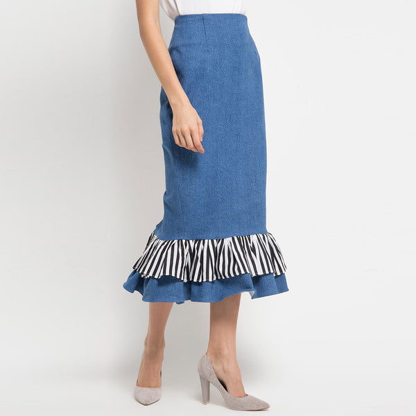 Denim Carrie Skirt-2MADISONAVENUE.COM
