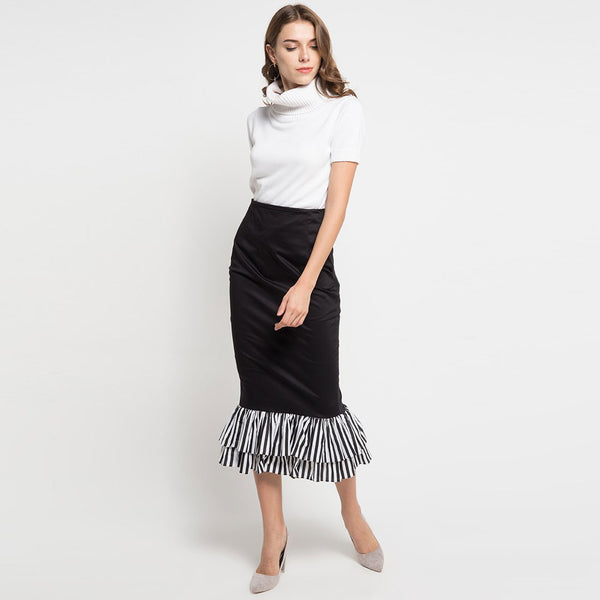 Black Carrie Skirt-2Madison Avenue Indonesia