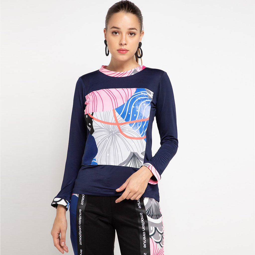 Long T-shirt in Navy With Recharging Blue-2MADISONAVENUE.COM (4336577708055)