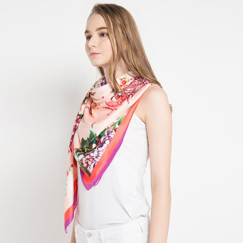 Scarf Paradiso Salmon-2Madison Avenue Indonesia