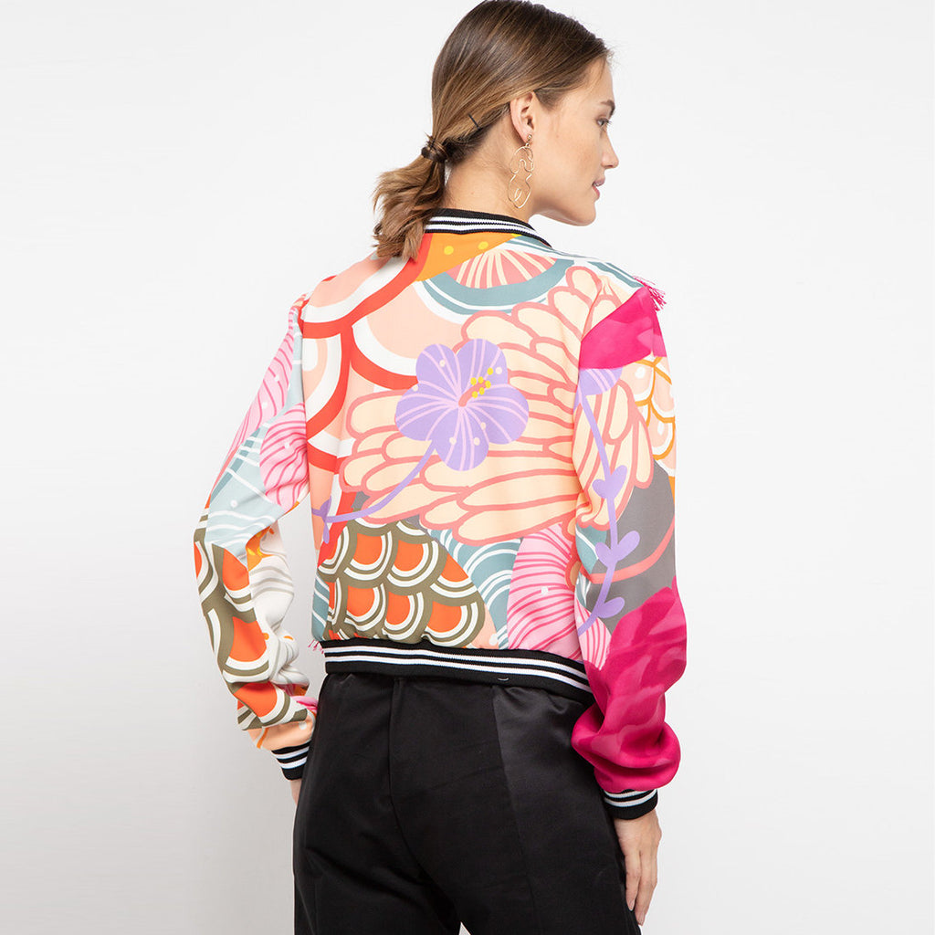 Pullover Jacket With Recharging in Pink-2MADISONAVENUE.COM