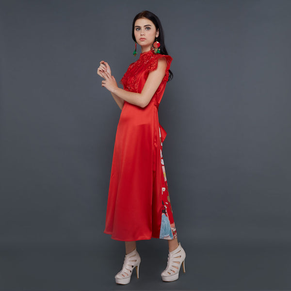 Swift Red Dress With Surprise Red Accent