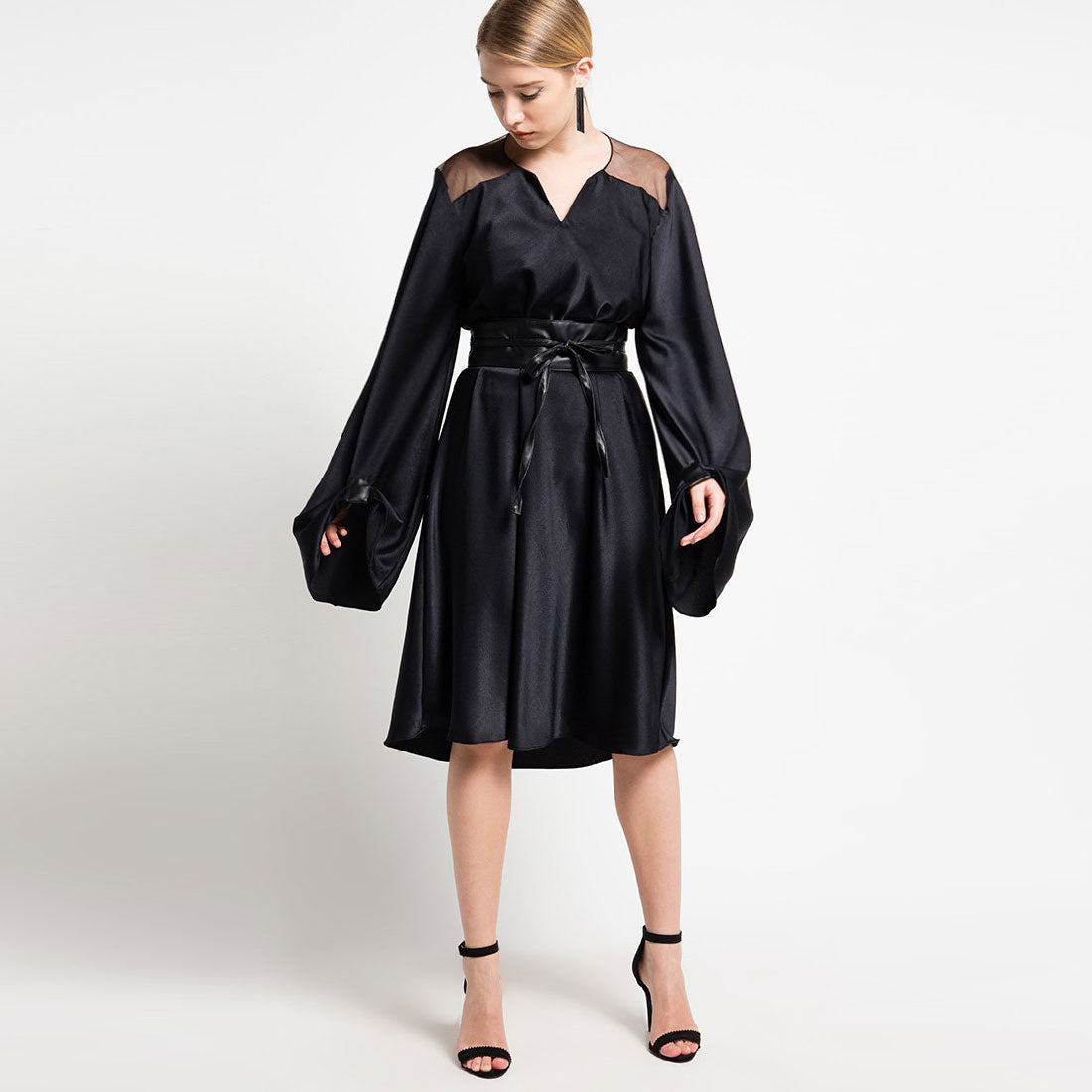 Morocco Long Sleeve Dress Black On Sateen Silk-2Madison Avenue Indonesia
