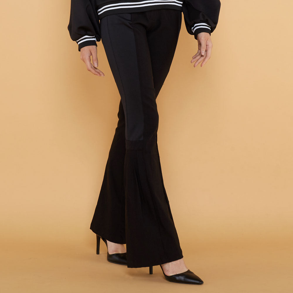 Lydia Pants In Black-2MADISONAVENUE.COM