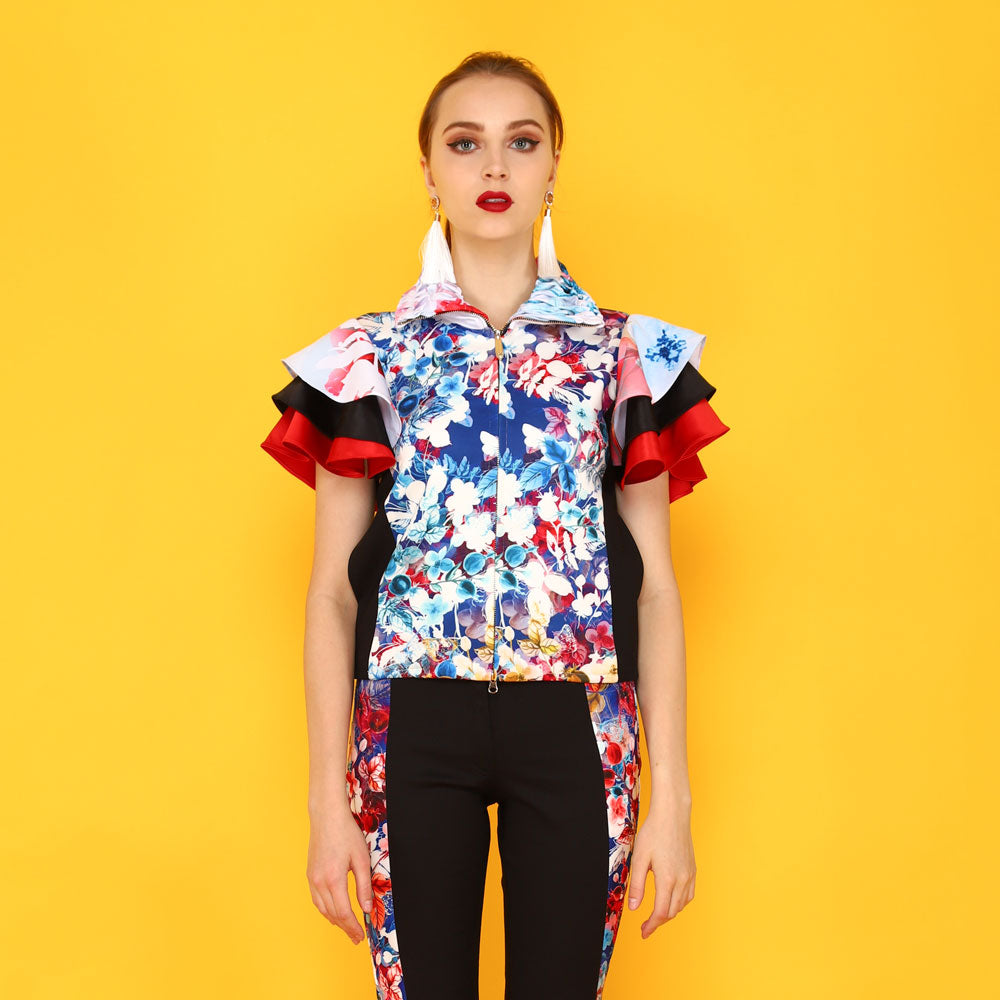 Tango Short Sleeve Jacket in Blessful Art