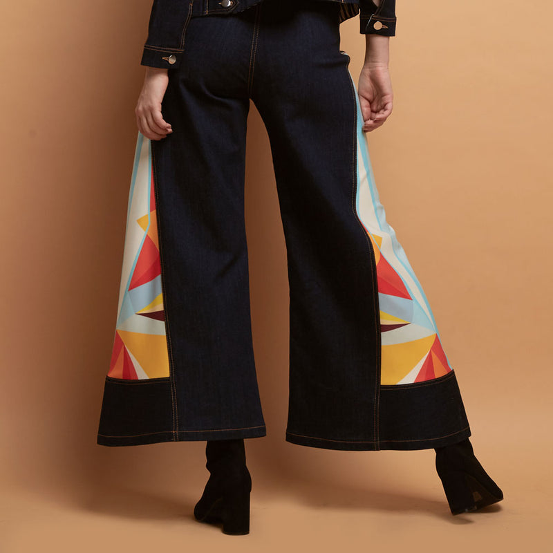 Boho Chic Denim Cullote With Geo Street Style-2MADISONAVENUE.COM