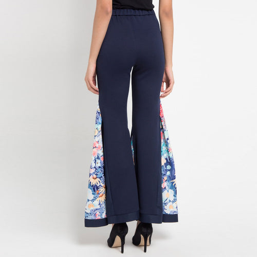 Signature Bell Bottom Pants in Secret Garden-2Madison Avenue Indonesia