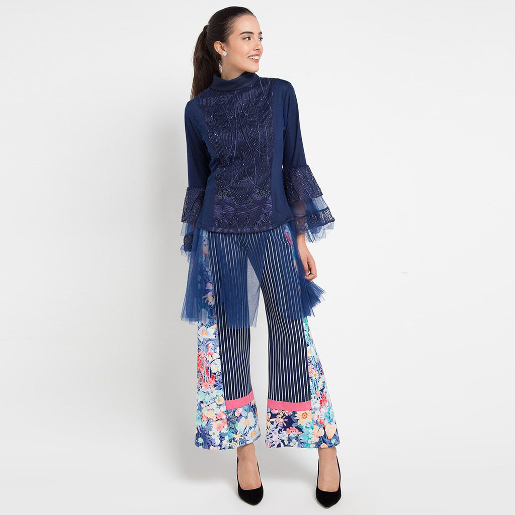 Shakira Top With Lace Navy-2MADISONAVENUE.COM