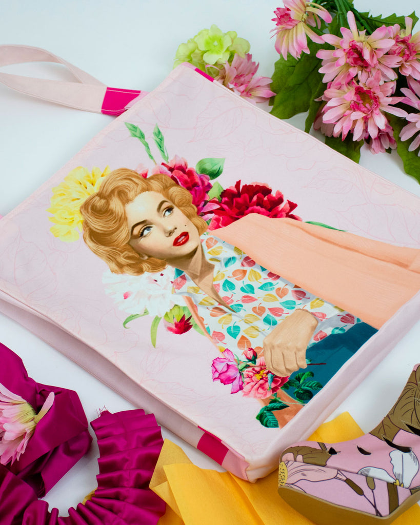 Marilyn Retro Tote Bag-2MADISONAVENUE.COM