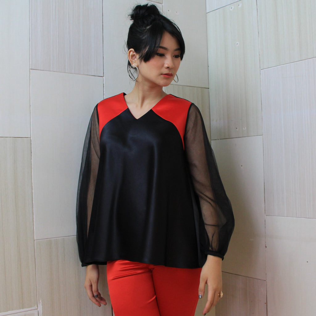 Astoria Top in Black (4810988027927)