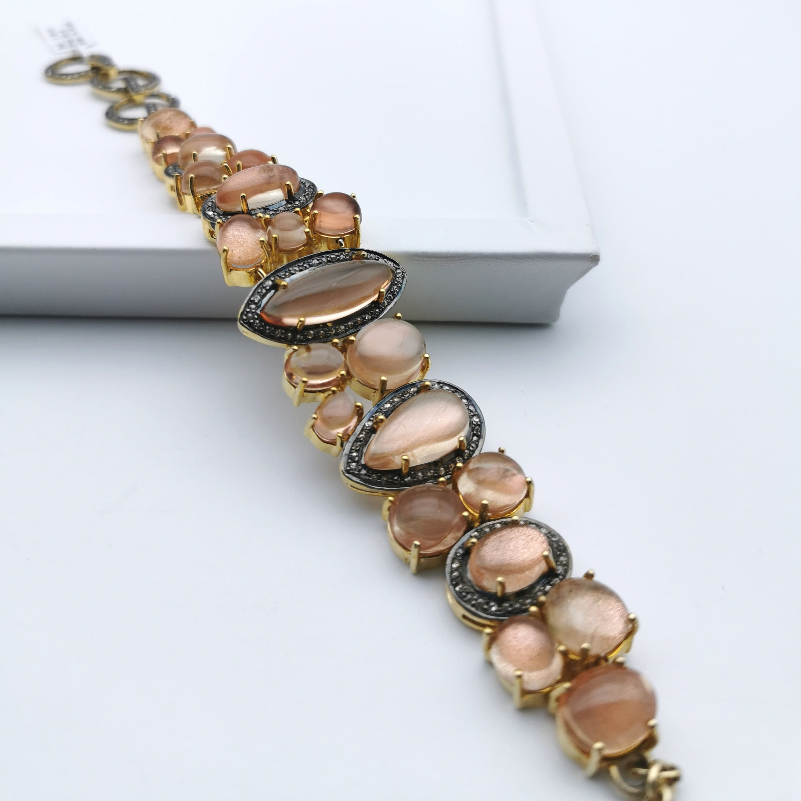 Sterling silver with nature sunstone bracelet