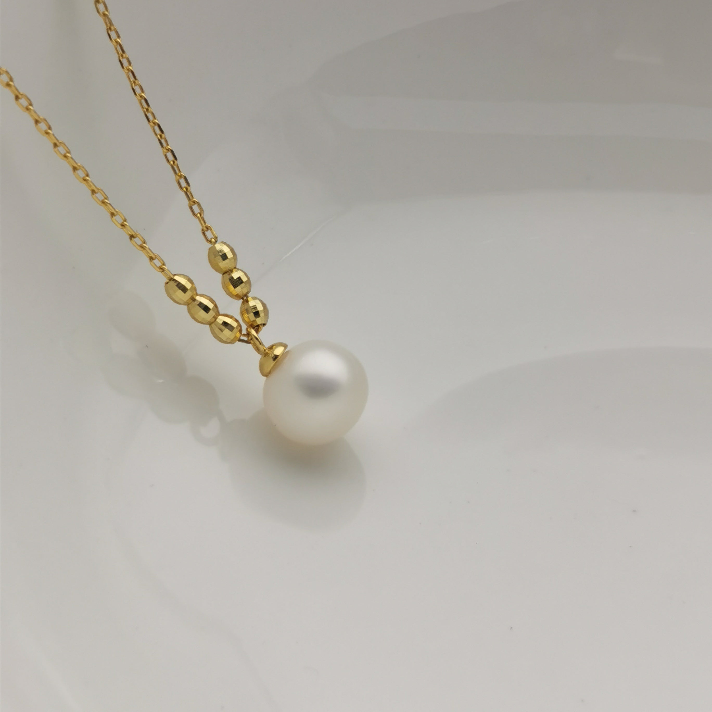 sterling silver Rodium plated freshwater pearl necklace