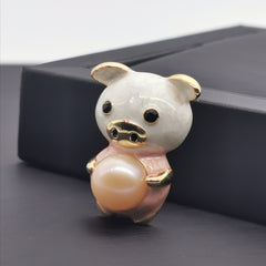 Adorable little pig freshwater pearl brooch