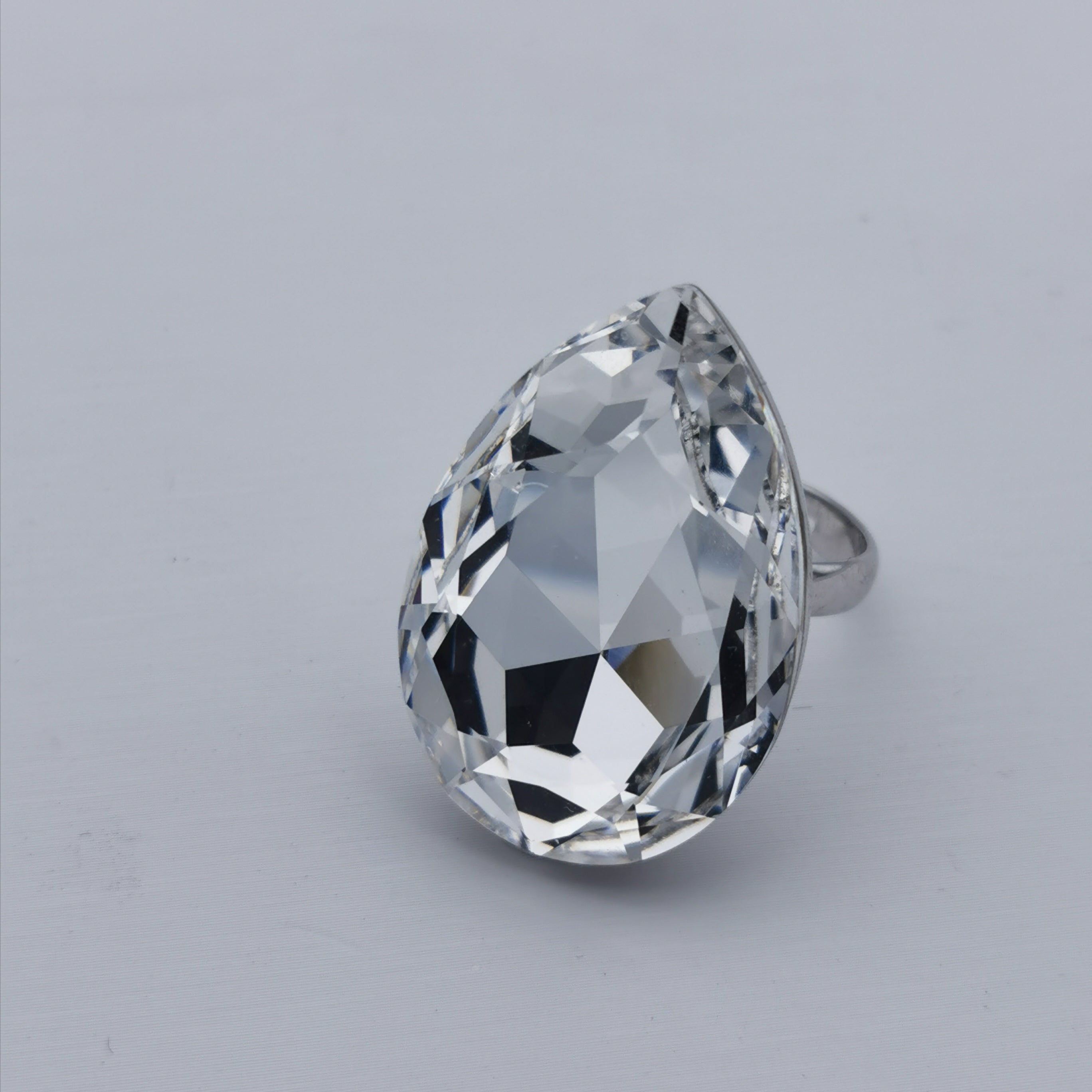 Swarovski element big free size ring