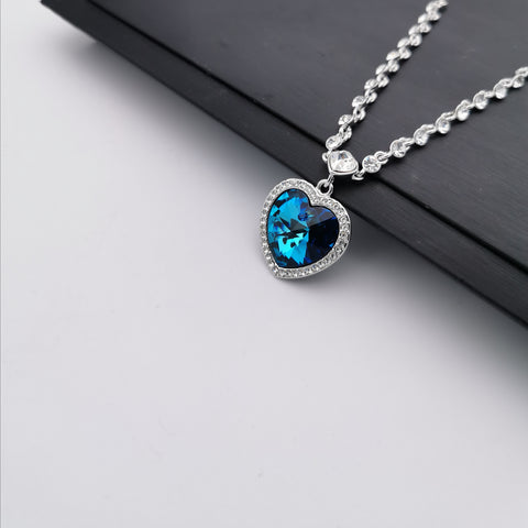 Swarovski element heart shape necklace