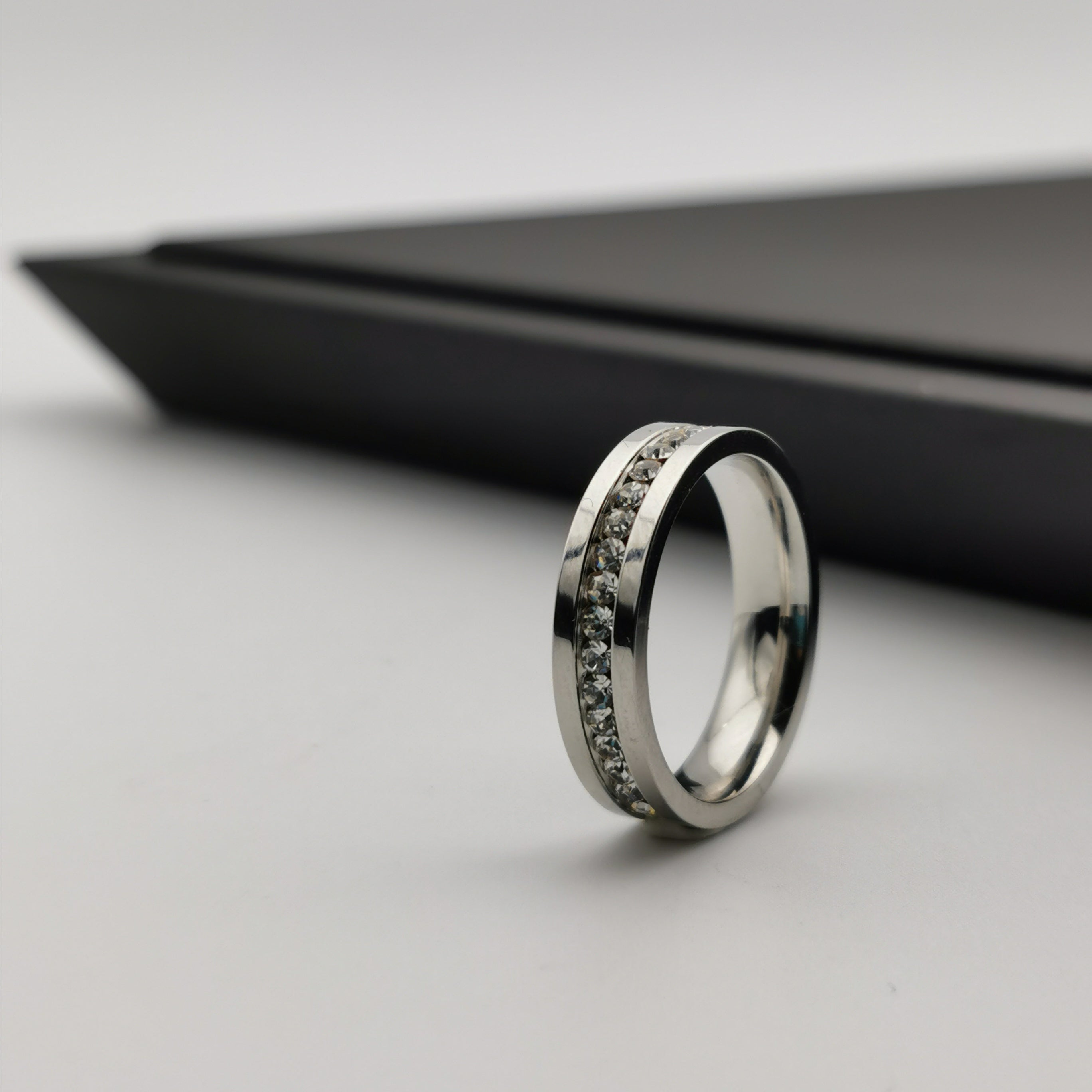 Stainless steel with cubic zirconia ring
